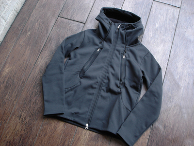 NEW : DESCENTE [ALTERRAIN] WIND SHIELD SOFT SHELL JACKET &  PRIMEFLEX HOODIE 2018FW !!_a0132147_2026549.jpg