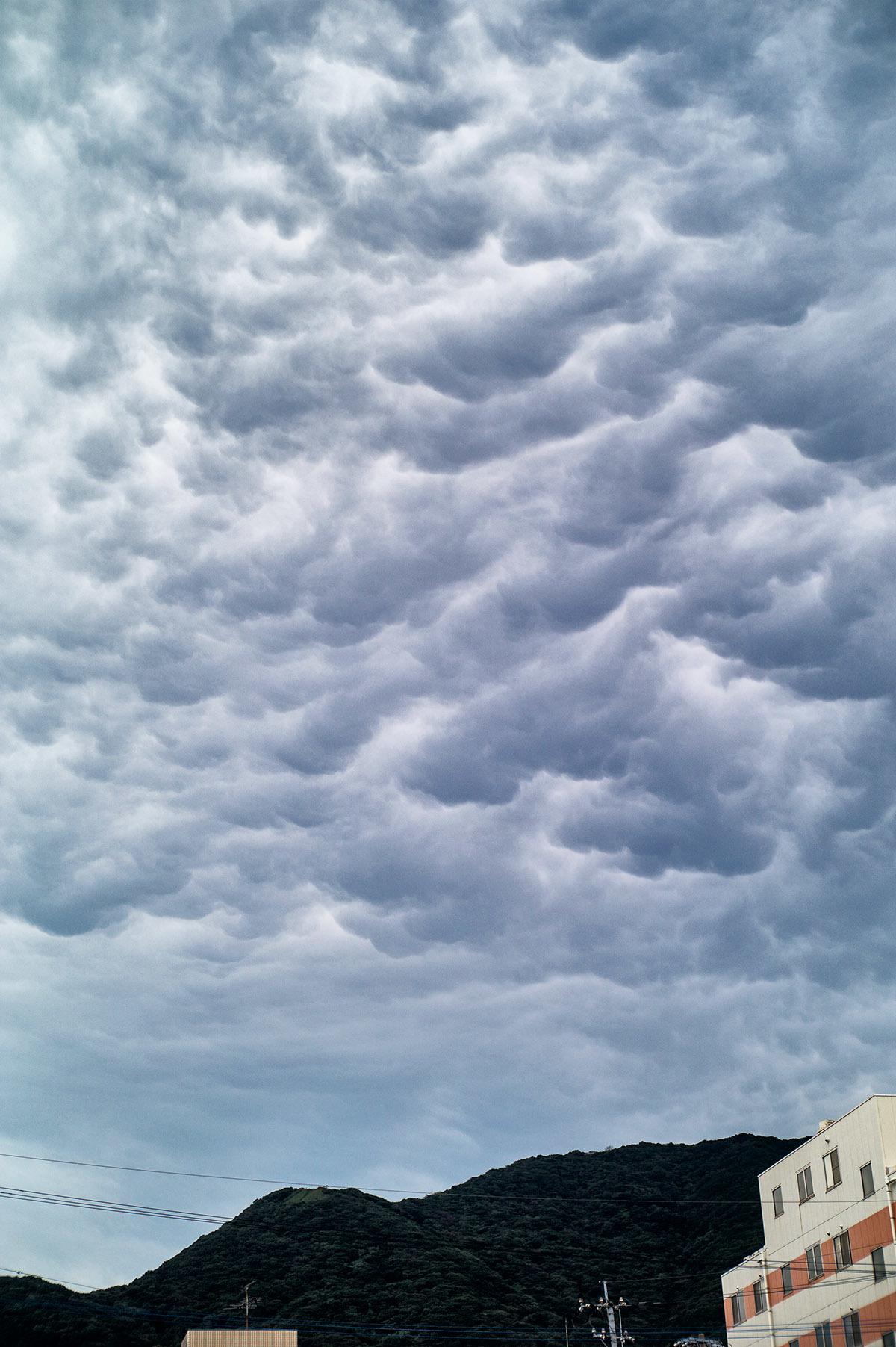 波打つ雲_c0028861_18172603.jpg