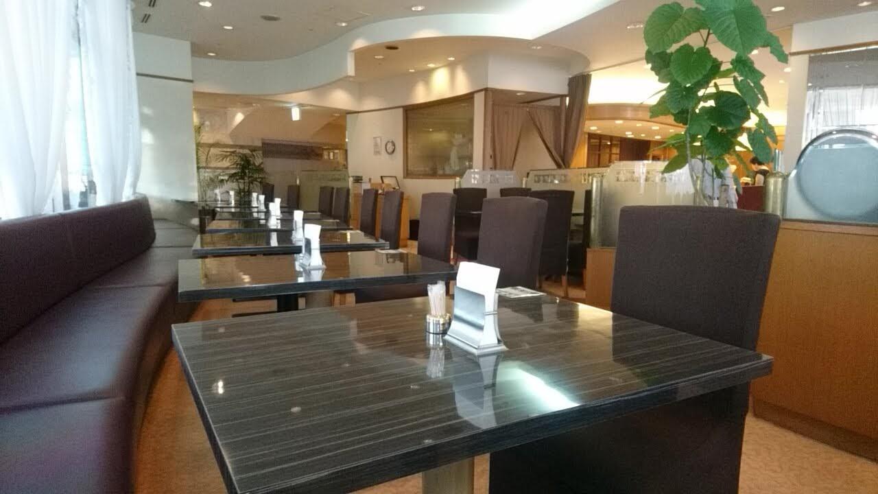 藤田観光ワシントンホテル旭川の朝食会場_b0106766_22222265.jpg