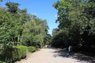 弘前公園でハートを探せ!?_d0131668_9114788.jpg