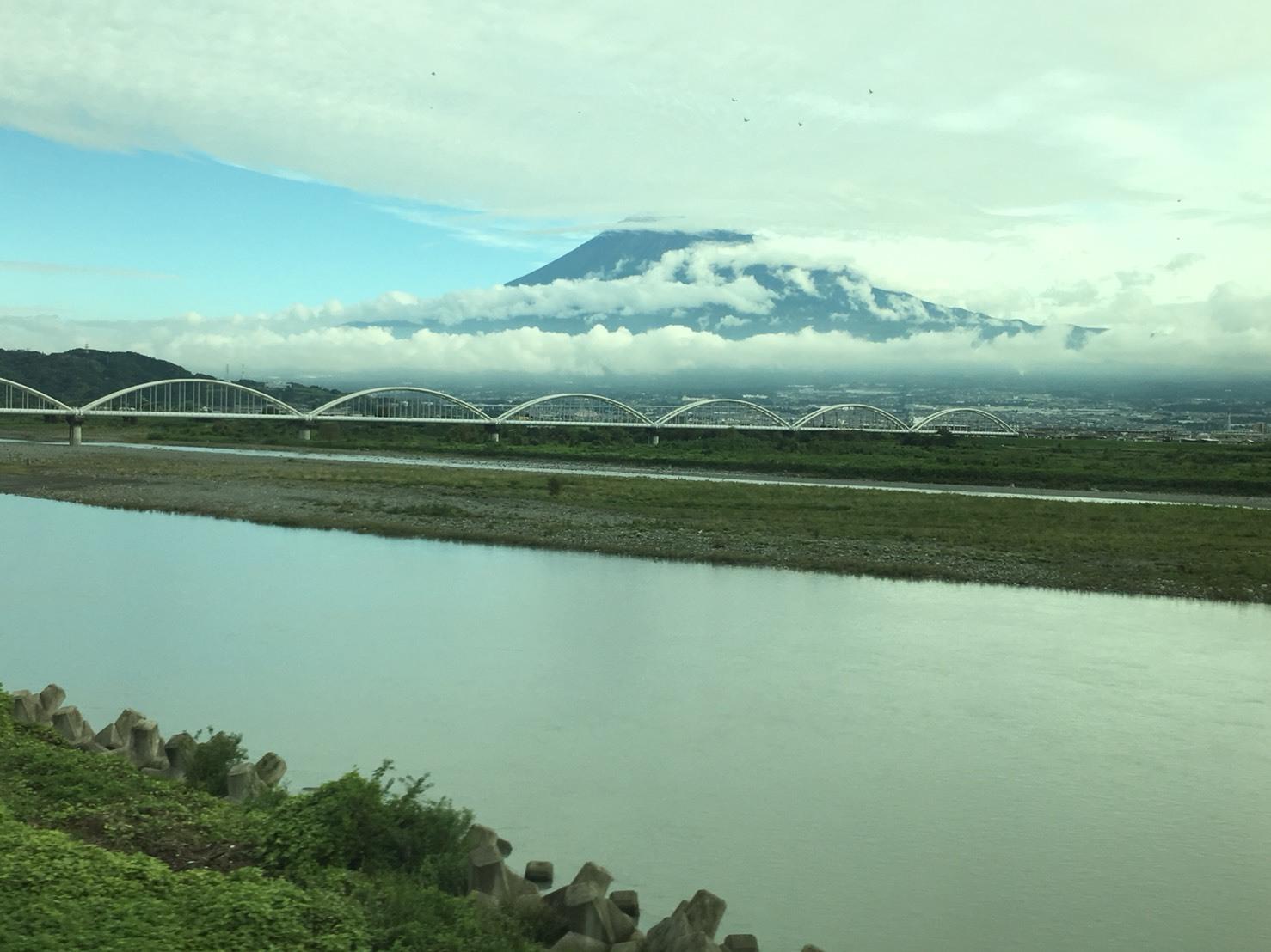 富士山ビューシリーズ  2018/9/26   今朝の新幹線からの富士山_b0011584_12220184.jpg