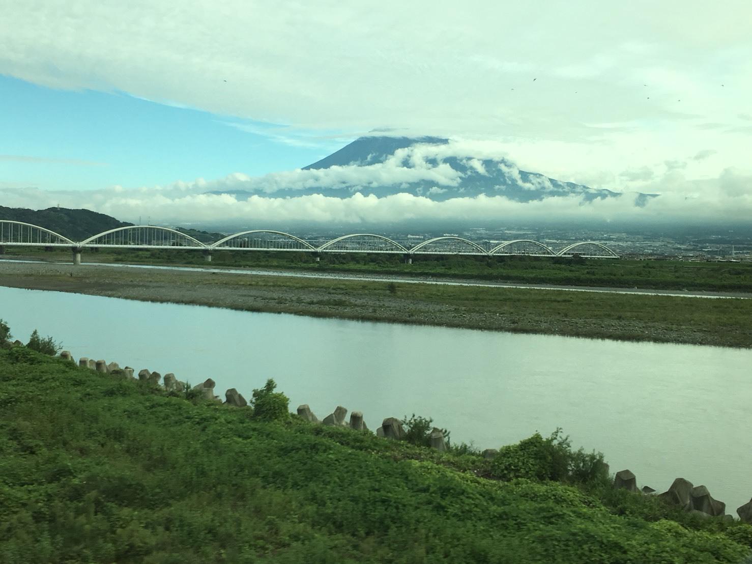 富士山ビューシリーズ  2018/9/26   今朝の新幹線からの富士山_b0011584_12221514.jpg
