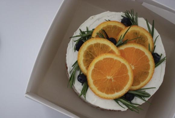 オレンジとココアのネイキッドケーキ _d0339705_12124785.jpg