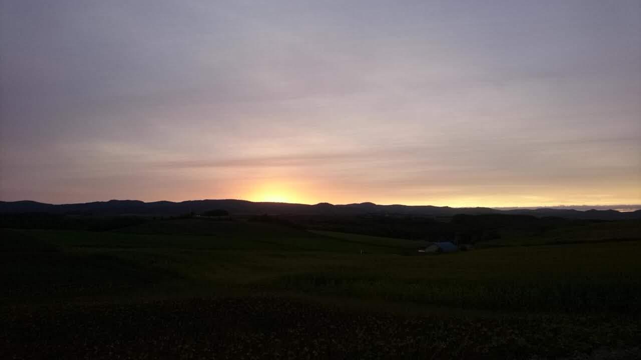 新栄の丘の夕陽_b0106766_0103551.jpg