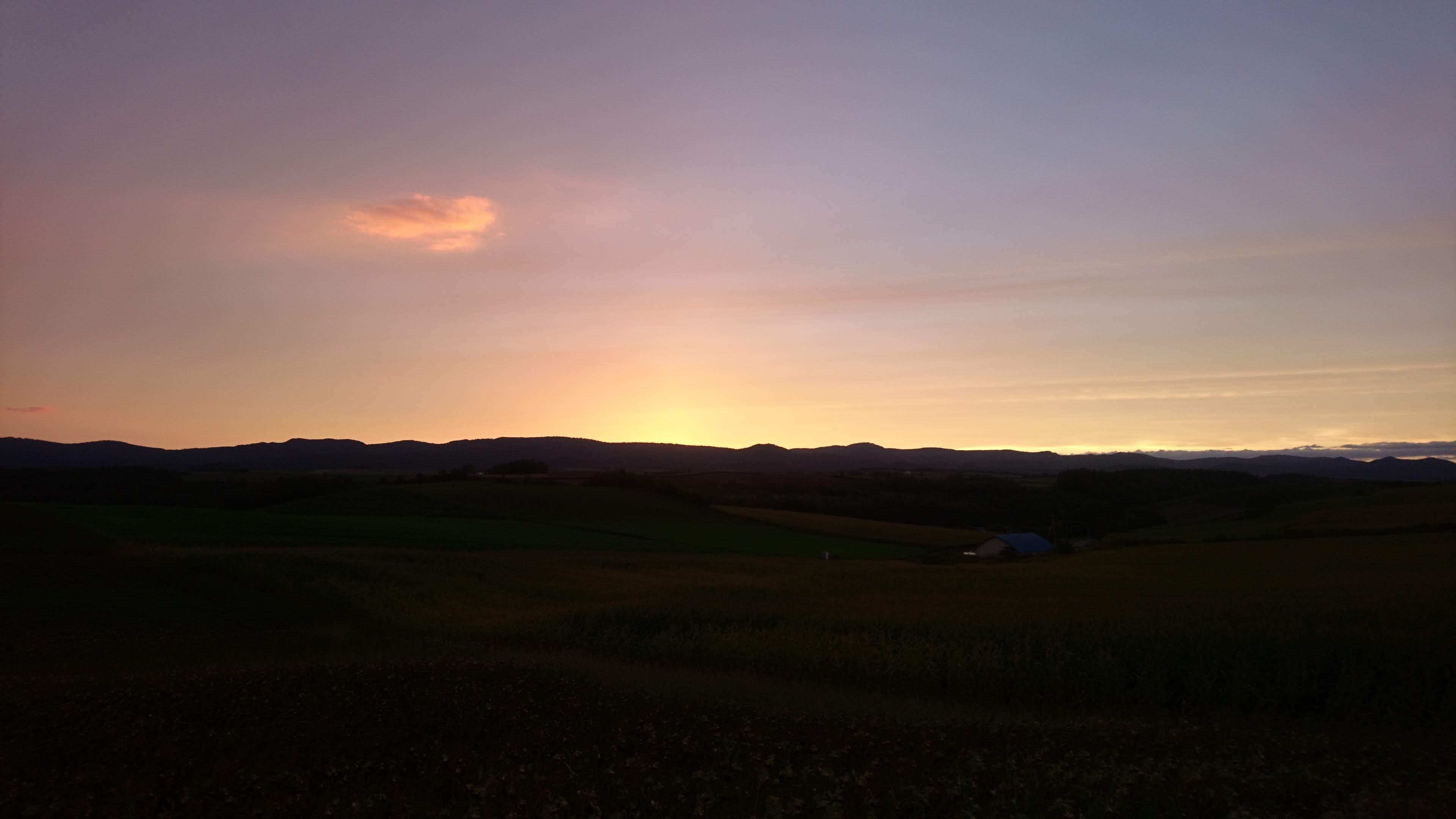 新栄の丘の夕陽_b0106766_0103553.jpg