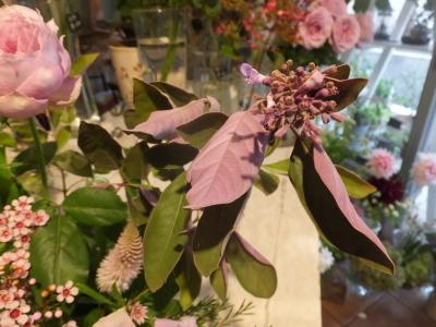 オークリーフ花の教室(山田さんの作品)_f0049672_16152055.jpg