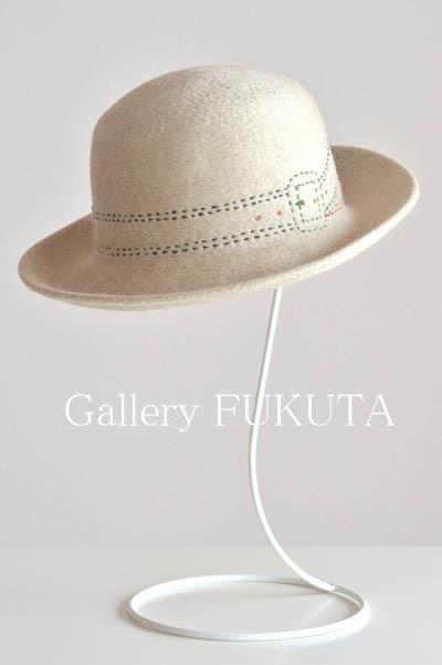 『秋冬の洋服と帽子』展開催中です。_c0161127_00104348.jpg