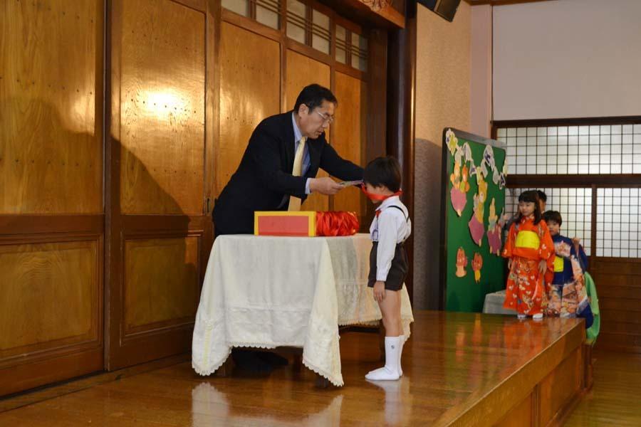 上宮第一幼稚園「お誕生会」_d0353789_16073741.jpg