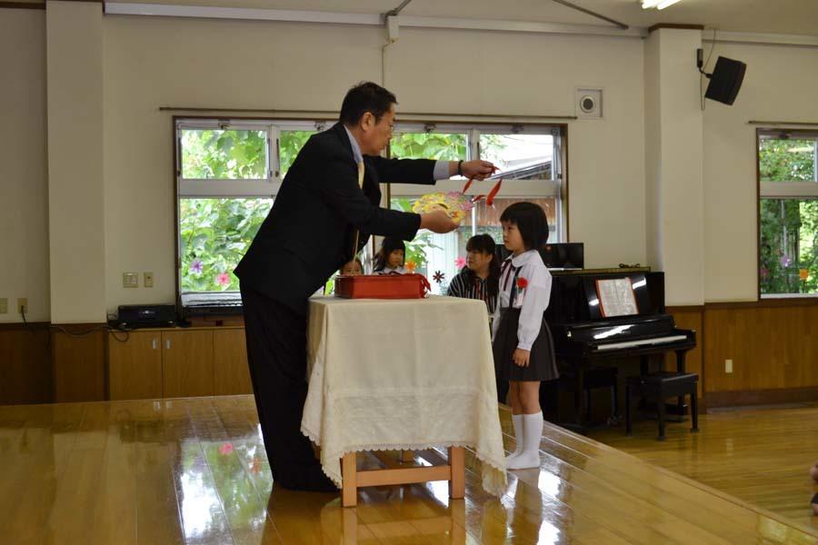 第二幼稚園 8月・9月生れのお誕生会でした_d0353789_16153231.jpg