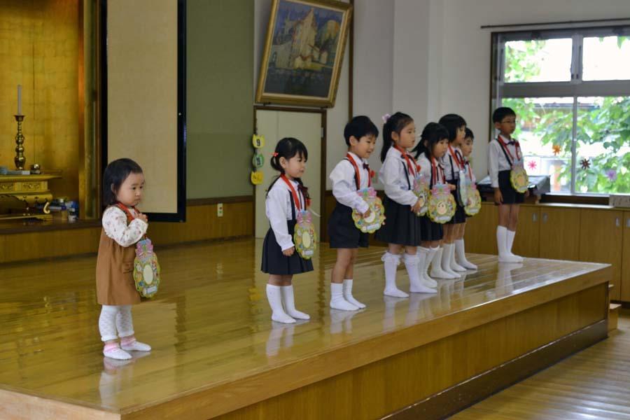 第二幼稚園 8月・9月生れのお誕生会でした_d0353789_16154060.jpg