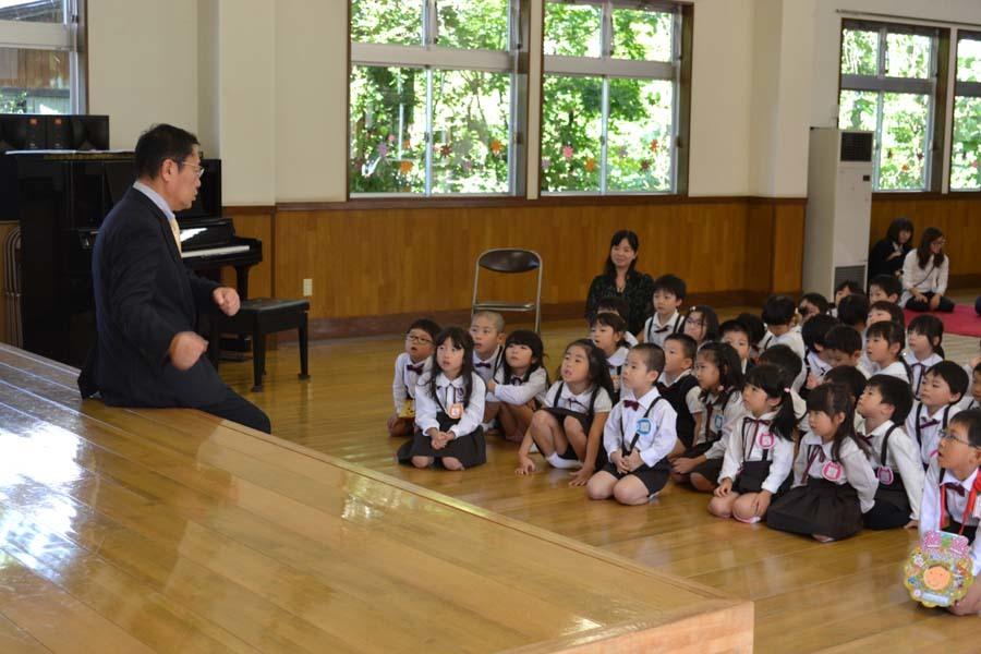 第二幼稚園 8月・9月生れのお誕生会でした_d0353789_16160943.jpg