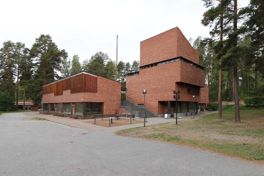 ■北欧近代建築を巡る旅 アールト&アスプルンド 4日目 アアルト建築・・・_f0165030_16390998.jpg