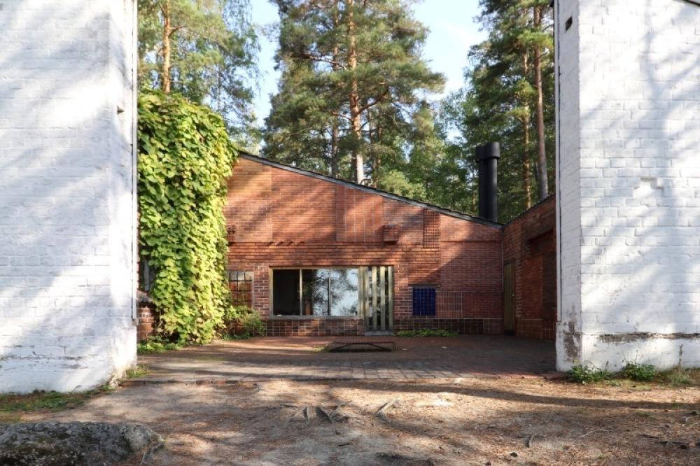 ■北欧近代建築を巡る旅 アールト&アスプルンド 4日目 アアルト建築・・・_f0165030_16391478.jpg