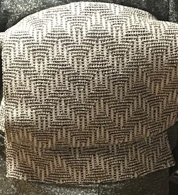 ご来店のお客様・市松のろうけつ染着物に和紙絹もじり帯_f0181251_15541095.jpg