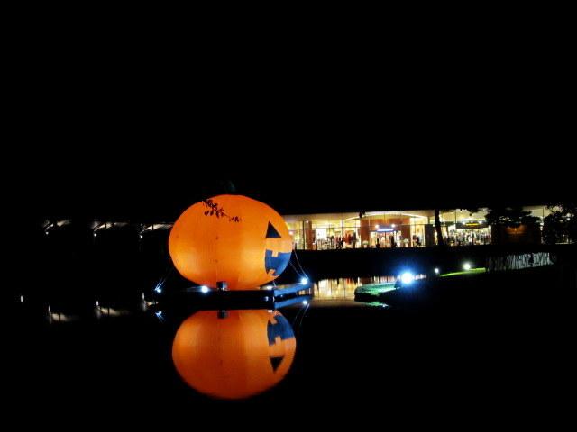 軽井沢「プリンセス」ショッピングプラザ * ハロウィンイルミネーション☆彡_f0236260_02352737.jpg