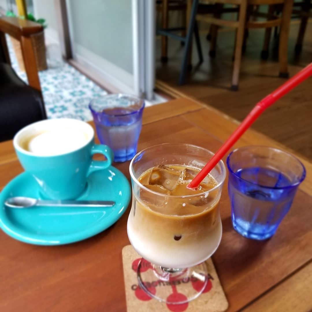 Cafe chacha BOSSA * キッチュでレトロな民家カフェでほっこり♪_f0236260_03154329.jpg