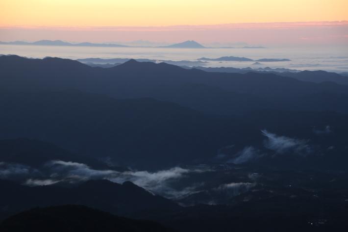 赤城山からの朝景(1) (撮影日:2018/9/28)_b0369971_15462418.jpg