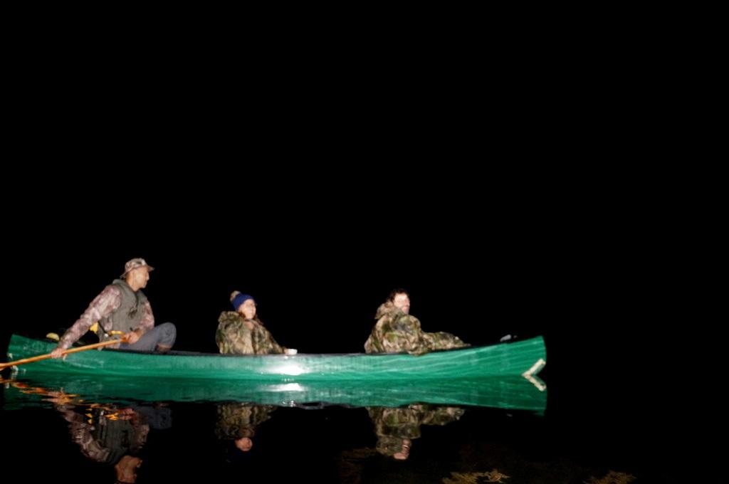 鶴居小学校で特別授業、素晴らしく出来上がったステージでリハ、そして夜は湖カヌー。_c0180686_01151568.jpg