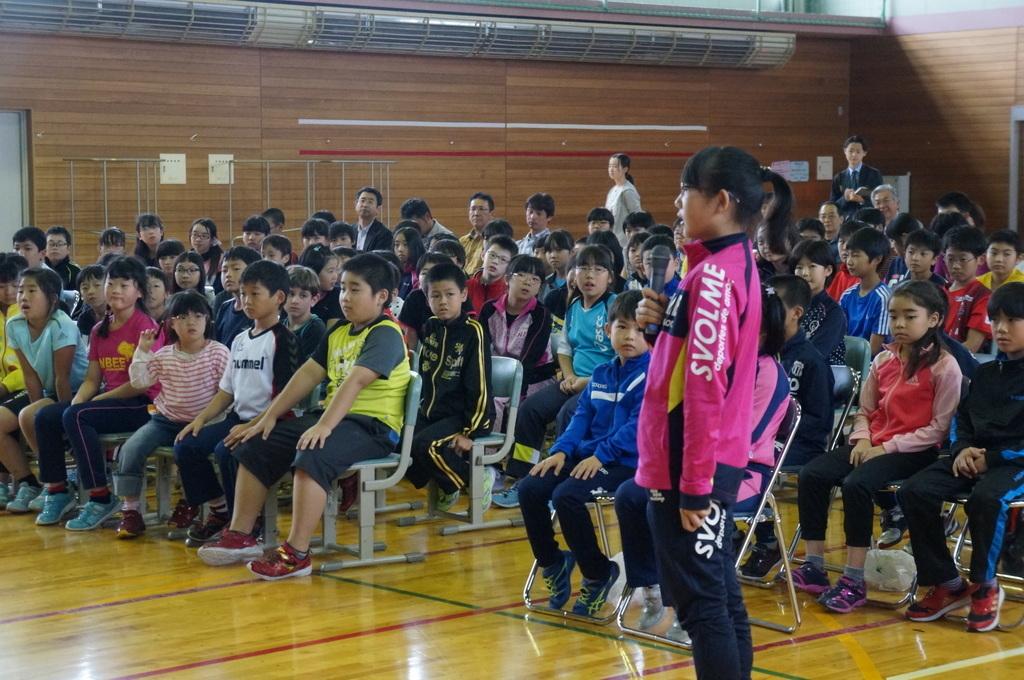 鶴居小学校で特別授業、素晴らしく出来上がったステージでリハ、そして夜は湖カヌー。_c0180686_01293984.jpg