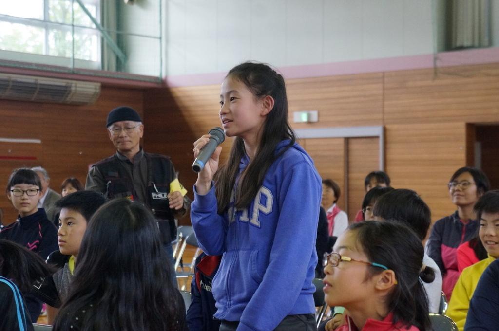鶴居小学校で特別授業、素晴らしく出来上がったステージでリハ、そして夜は湖カヌー。_c0180686_01295079.jpg