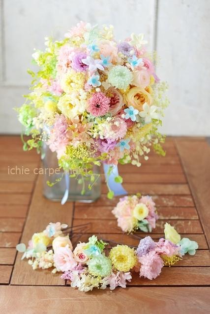 プリザーブドブーケ、アニヴェルセル豊洲の花嫁様へ水色のドレスに  こころがあったまる_a0042928_21442912.jpg