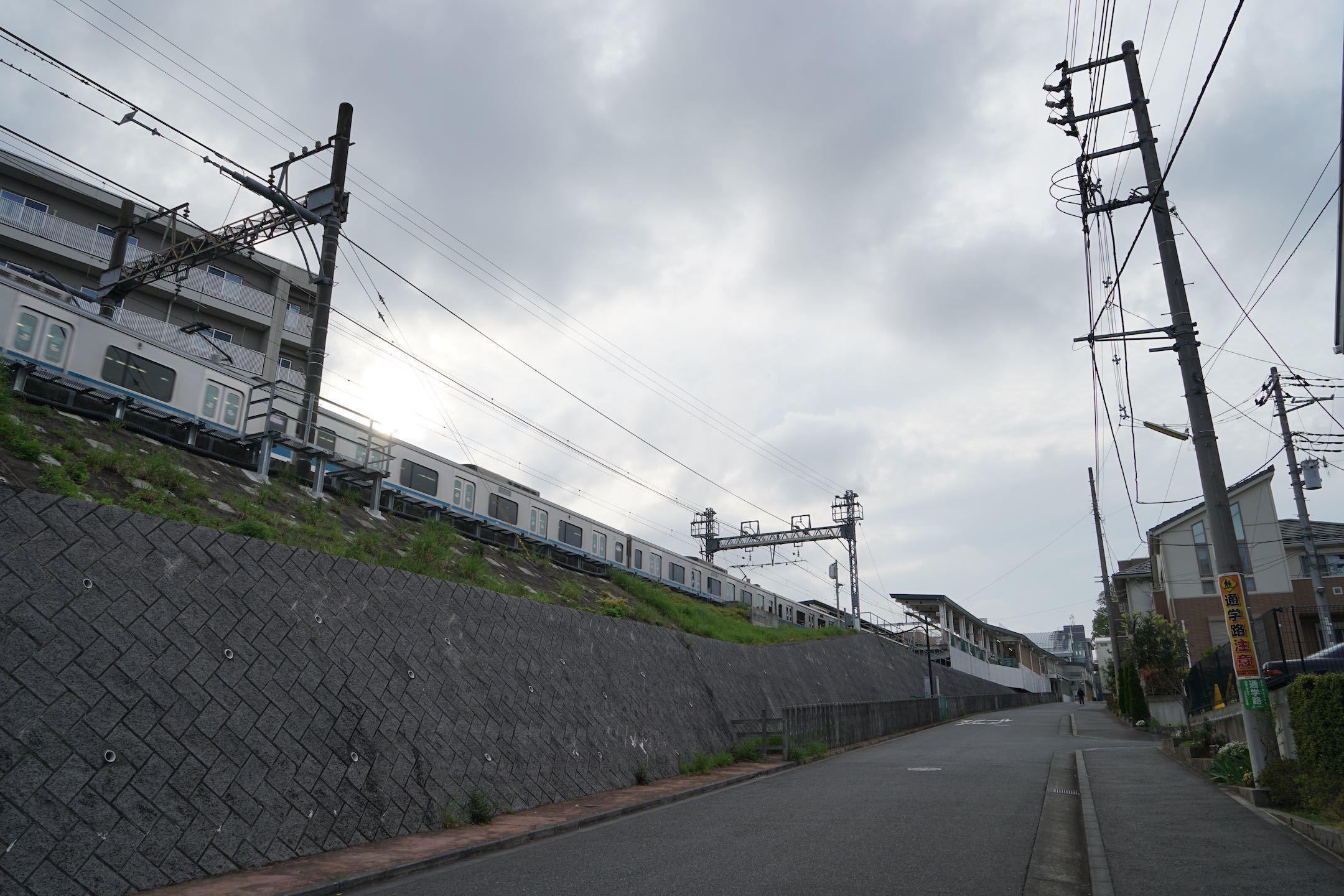 若葉台駅周辺7_b0360240_20551869.jpg