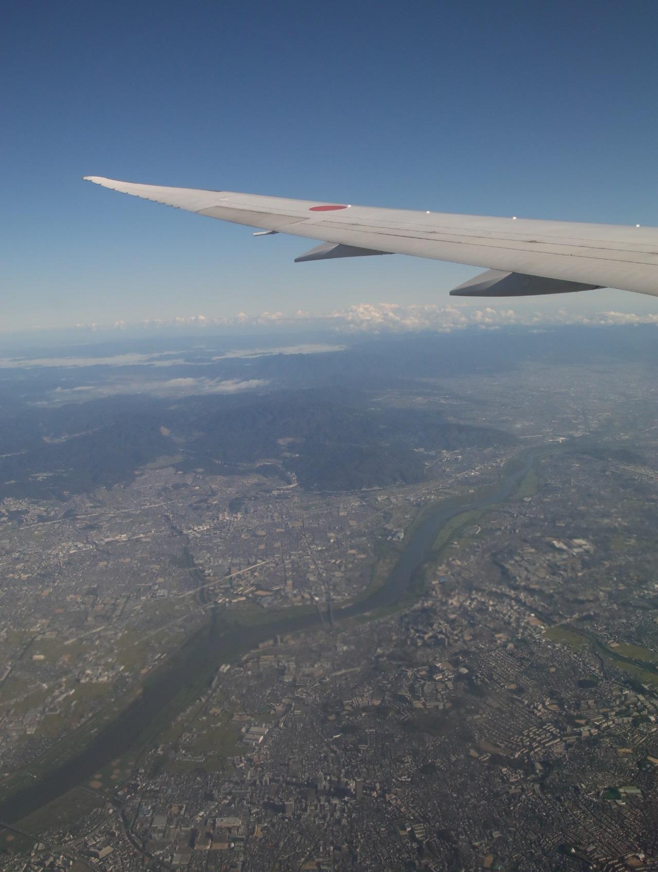 NH14便 空の旅! 機窓より_d0202264_41653.jpg