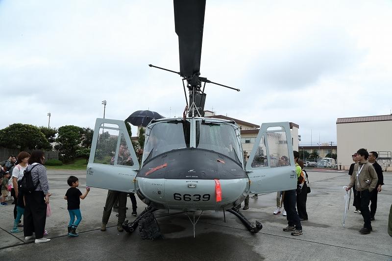 横田基地の日米友好祭、その楽しそうな会場から         飛行機を中心にお届けします。_b0291402_04565257.jpg