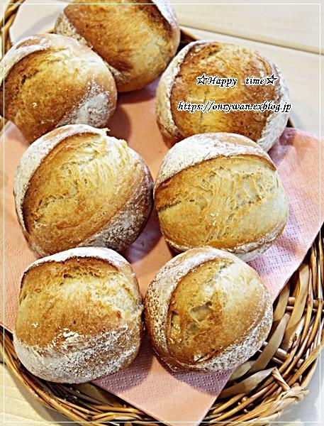 鮭むすび弁当とパン焼き・ミニクッペ♪_f0348032_17191955.jpg