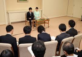皇室を見ろ、日本国民_c0385678_09343136.jpeg