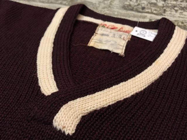 10月3日(水)大阪店冬物ヴィンテージ入荷!#8 アスレチックニット編!!Lettered Cardigan&Sweater!!_c0078587_2441033.jpg