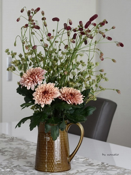 秋の花を飾る。_c0364500_01121061.jpg