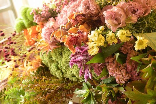 黄色いコスモスに薔薇の暦♪_e0128909_10303695.jpg