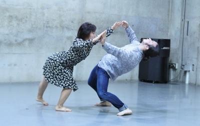 「ダンスブリッジ」近藤良平版公演、今週末に迫る_d0178431_22424444.jpg