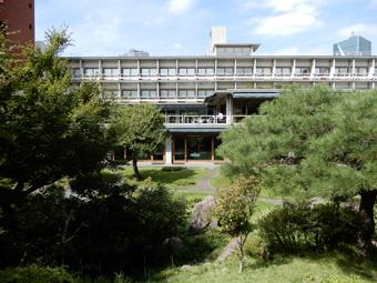 国際文化会館の建築_c0195909_10320683.jpg