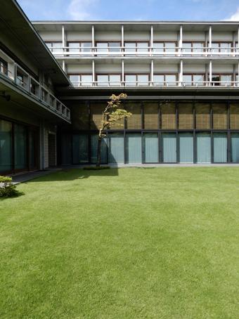 国際文化会館の建築_c0195909_10322041.jpg