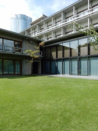 国際文化会館の建築_c0195909_10322728.jpg
