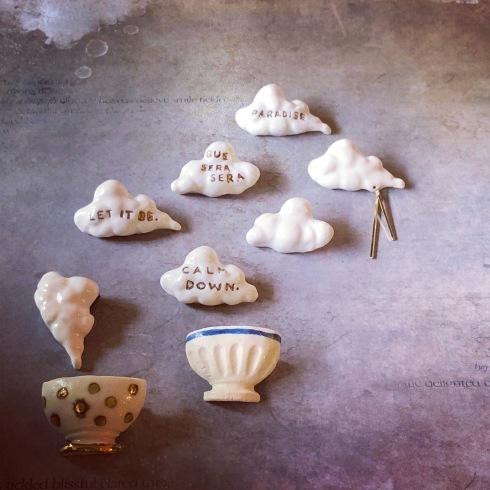 ふしぎかわいいものたち展part2出品作品〜陶器のアクセサリー〜_a0137727_11594502.jpeg