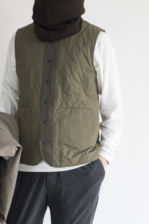 5ca11593b621 STILL BY HAND Thinsulate Reversible Vest (SIZE 46) · STYLE CRAFT WARDROBE  T-SWEATER  2 (OFF WHITE)(size I) LA MOND STRECH SUEDE TEPERD PANT (Charcoal)(SIZE  ...