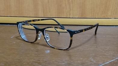 初遠近両用メガネ『眼鏡市場』ウェリントン眼鏡_c0364960_21075540.jpg