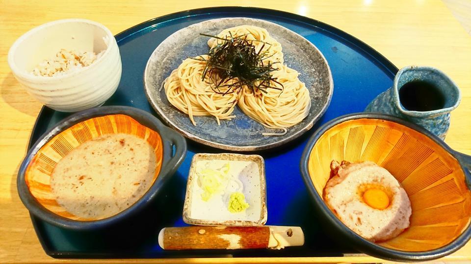 お気に入りの蕎麦店  「じねんじょ蕎麦九十九」_b0083801_00123055.jpg