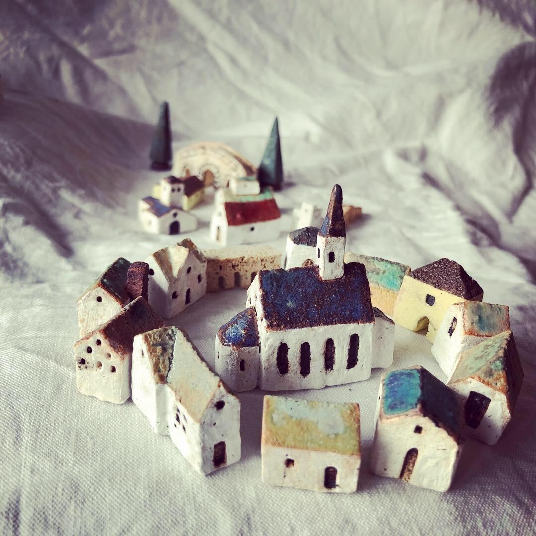 ふしぎかわいいものたち展part2出品作品〜街や村、教会、城、神殿など〜_a0137727_10454430.jpeg