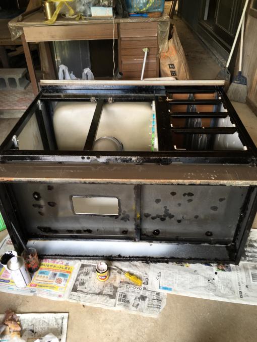 キッチンその4。水性塗料と油性塗料って…_f0182246_08522588.jpg