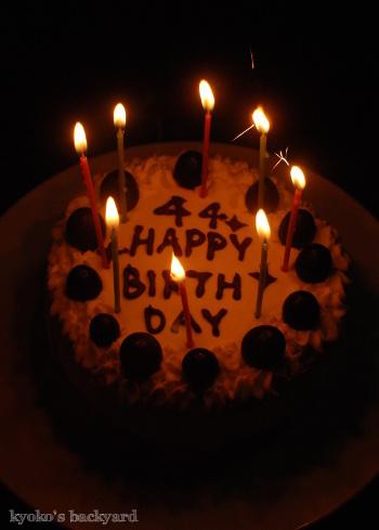 オットの誕生日ケーキ_b0253205_06521697.jpg