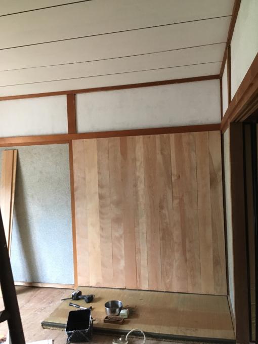 娘の部屋その3。さあ壁をどうする。_f0182246_22354701.jpg