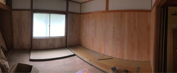 娘の部屋その3。さあ壁をどうする。_f0182246_22360121.jpg