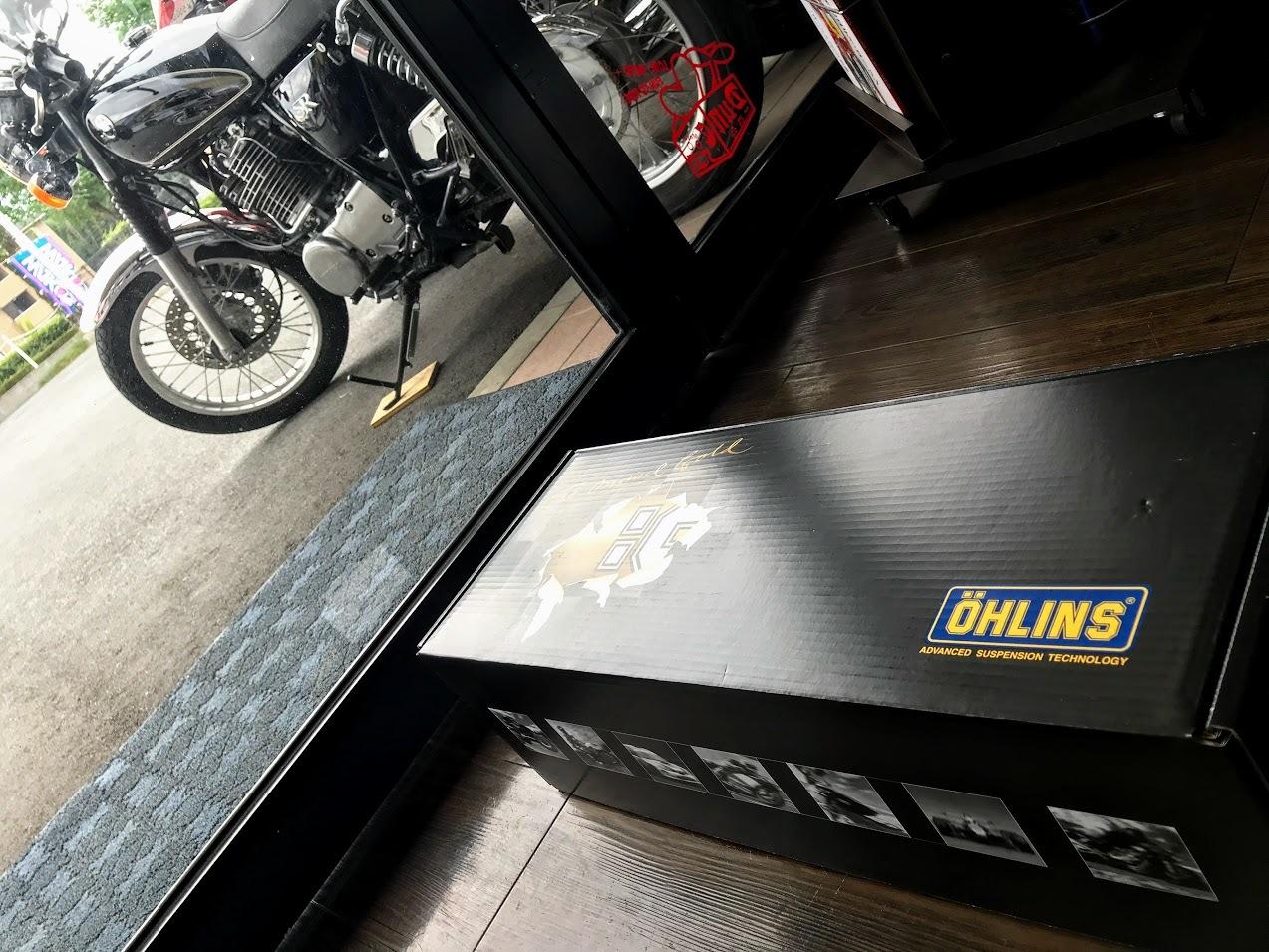 OHLINS シングルショックアブソーバー_f0178858_10000593.jpg