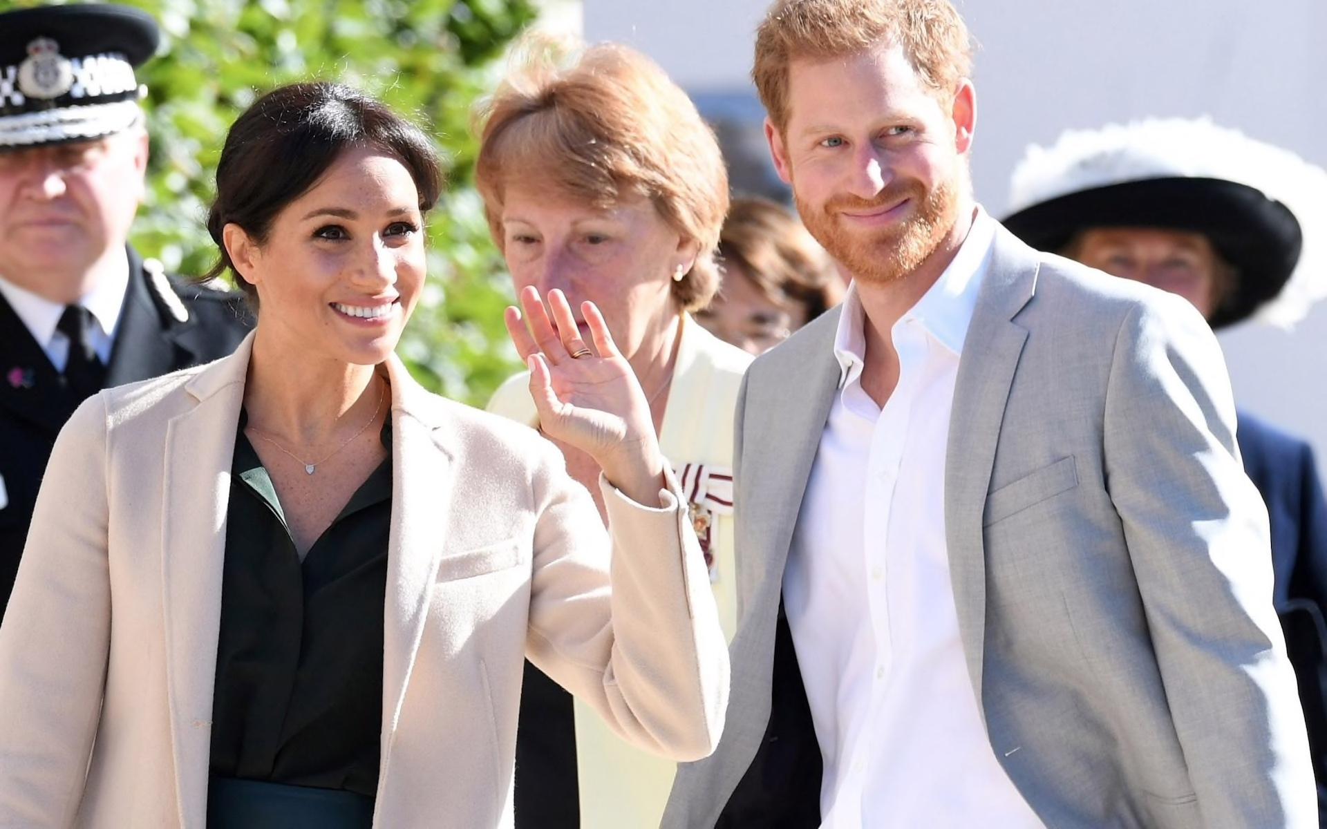 ハリー王子とメーガン妃の訪問_f0380234_20480670.jpg