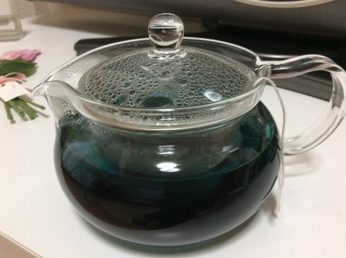 青い液体!_b0301070_00082802.jpeg
