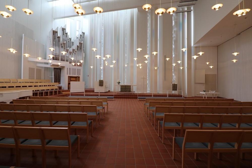 ■北欧近代建築を巡る旅 アールト&アスプルンド 6日目 ユハ・レイヴィスカ_f0165030_14385137.jpg